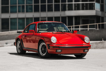 High Res 1984 Porsche Picture — Free Images