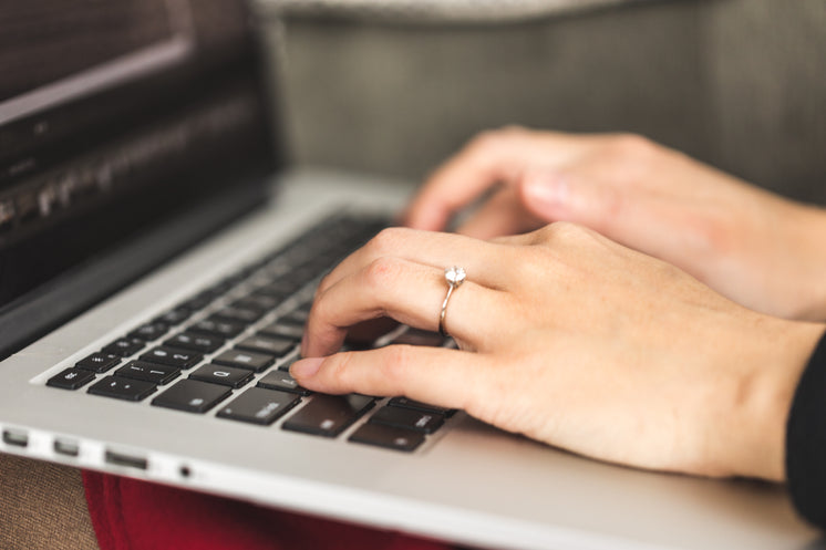 Improve Your Clothing With A Diamond Ring