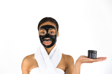 activated charcoal face mask (peel off)