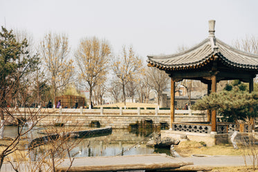 ancient chinese temples and bridges