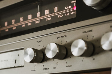 Free Stock Photo of Antique Stereo Tuner — HD Images