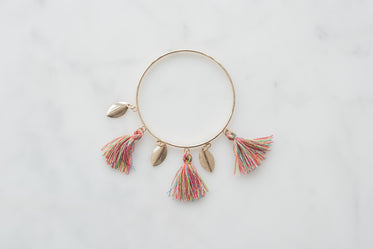 bangle bracelet with feathers