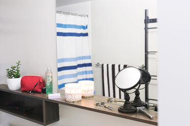 bathroom shelving mirror