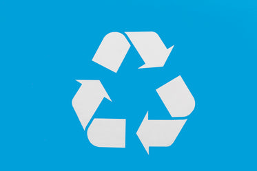 blue recycle sign