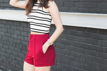 bold summer outfit