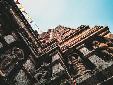 building with buddhist statues