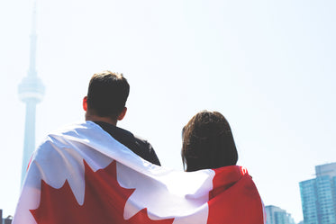 canada flag couple