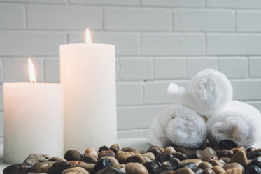 candles and spa towels