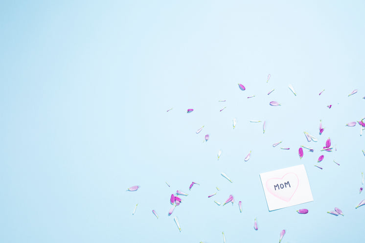 Card For Mom With Petals