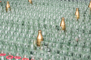 High Res Carnival Bottle Game Picture — Free Images