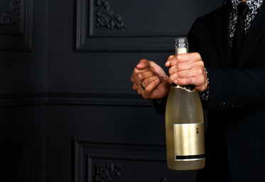 champagne ready to pour