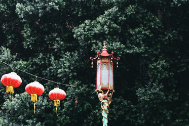 High Res Chinese Lanterns Hanging Picture — Free Images