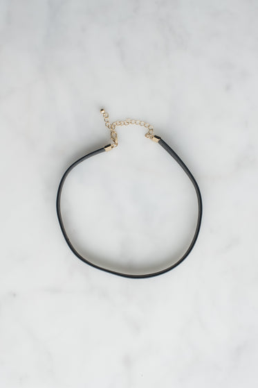 choker necklace product photo