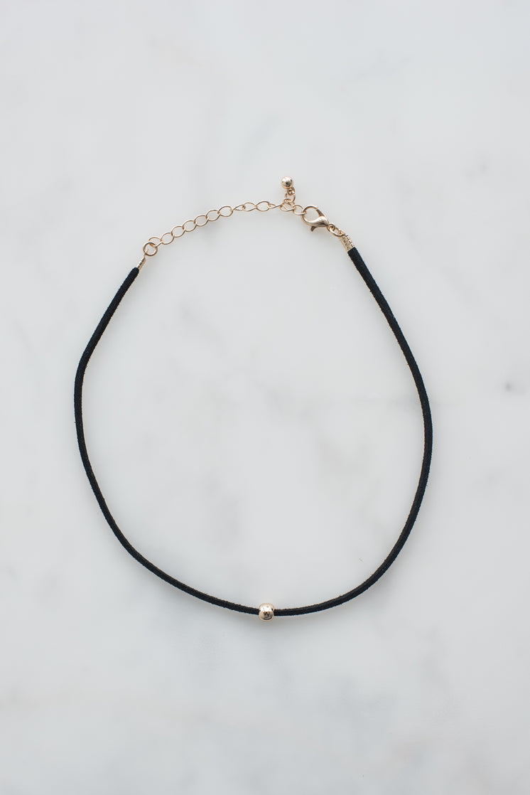 Choker with Bead