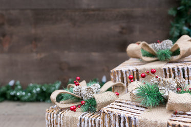 christmas outdoor gift decor