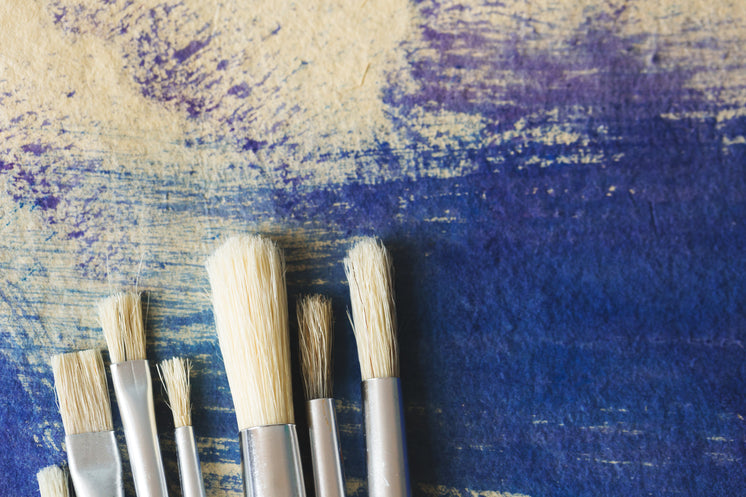 clean brushes on pained paper 373x@2x.progressive Omg! The Best cleaning service NY Ever!