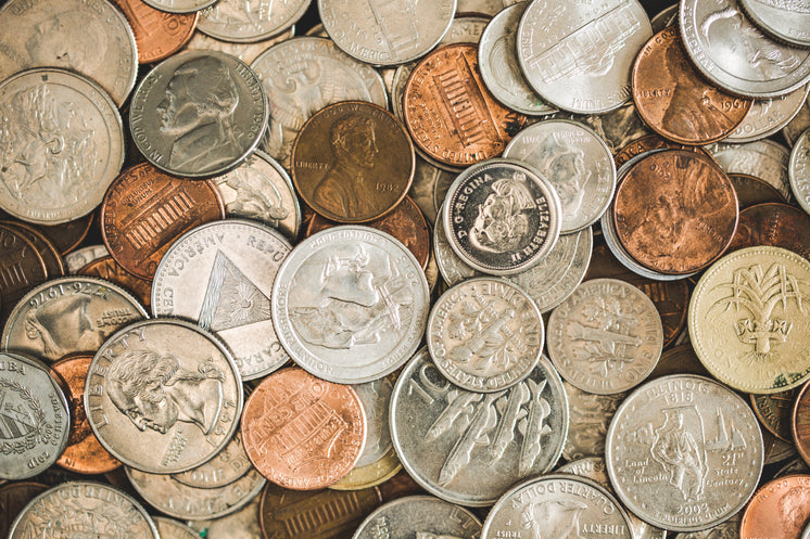 coins-spread-out-pile.jpg?width=746&form