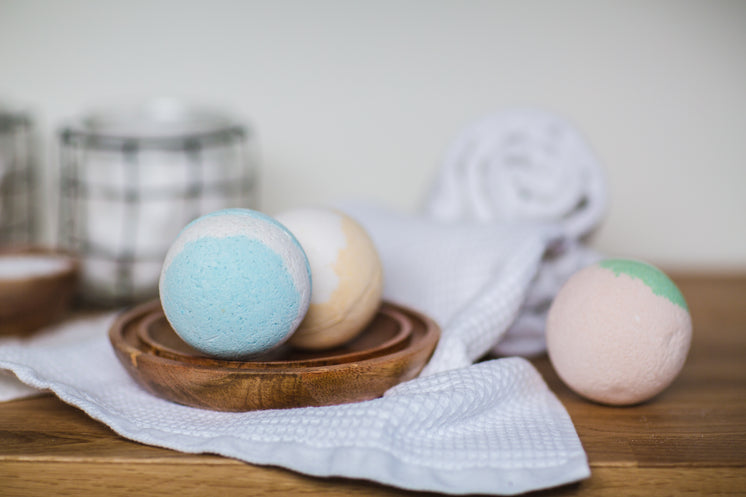Colorful Bath Bombs