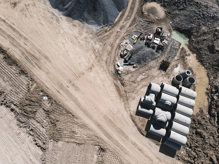 construction-site-from-above.jpg?width=746&format=pjpg&exif=0&iptc=0