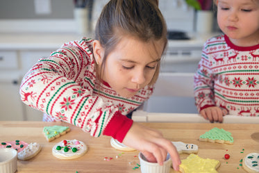 cookie decoration at christmas