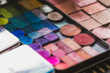 Picture of Eyeshadow And Blush Palette — Free Stock Photo