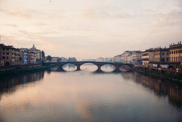 High Res Florence Italy Bridge Picture — Free Images