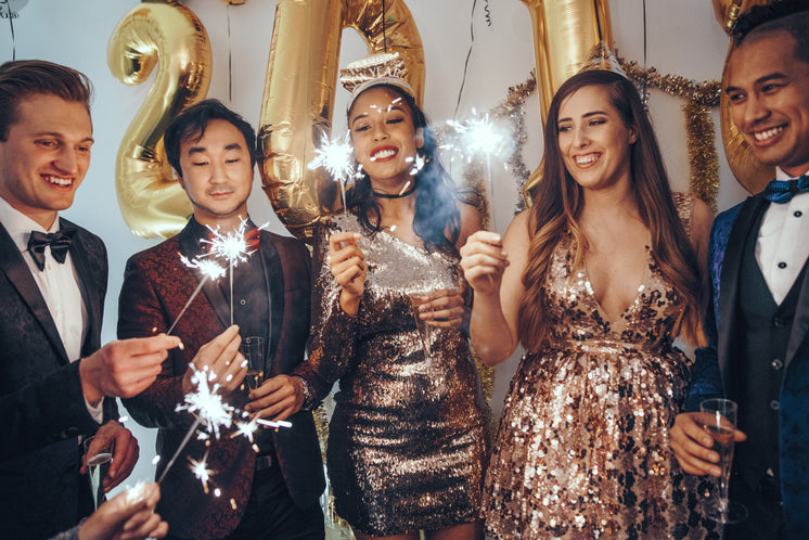 formal-new-years-party.jpg?width=746&for