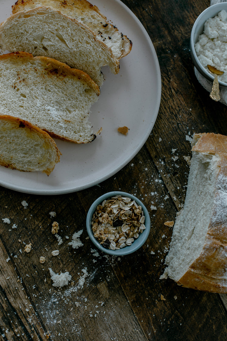 fresh-baked-bread-with-oats-on-table.jpg