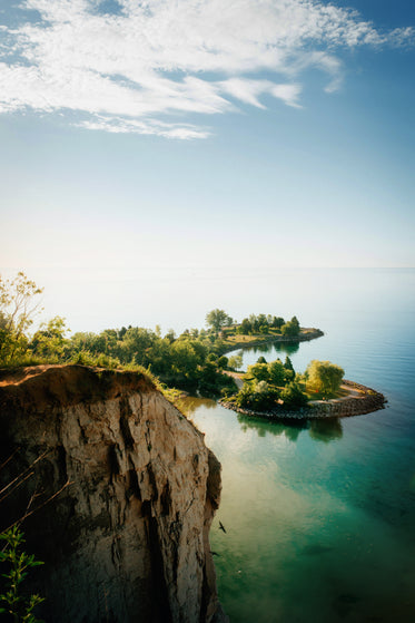 lakeside cliffs and blue sky