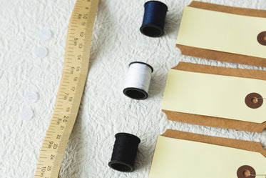 measuring tape thread and tags