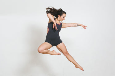 modern dancer jumps