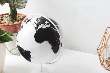 Free Modern Globe On Desk Image: Browse 1000s of Pics
