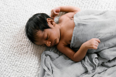 Free Newborn Baby Photo — High Res Pictures