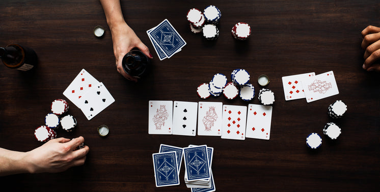 poker-game-on-table-top.jpg?width=746&fo