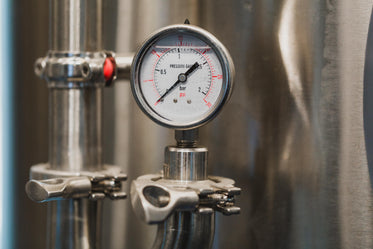 Free Pressure Guage Photo — High Res Pictures