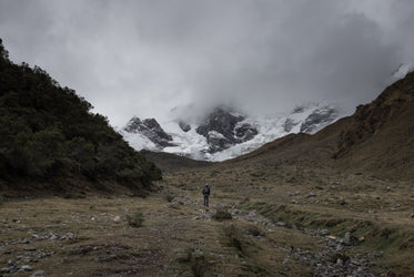 Free Snowy Machu Picchu Peaks Photo — High Res Pictures