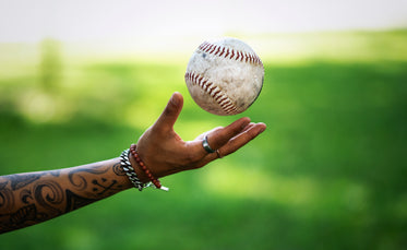 softball catch with hand