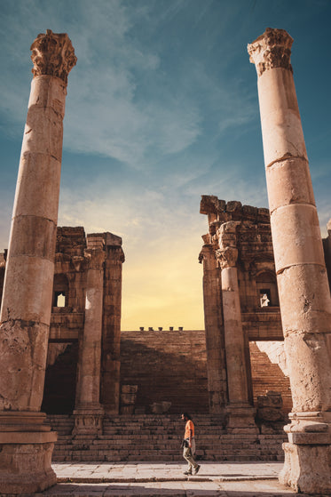 tall pillars within the ruins of jerash museum