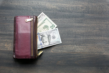 Free Stock Photo of Wallet & Cash — HD Images