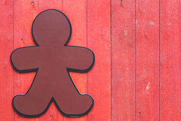 wood gingerbread man sign