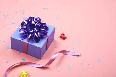 Free Wrapped Present Photo — High Res Pictures