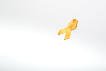 yellow ribbon angle